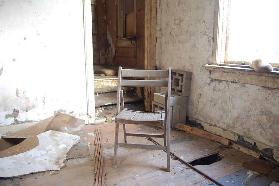 a Abandoned Houses